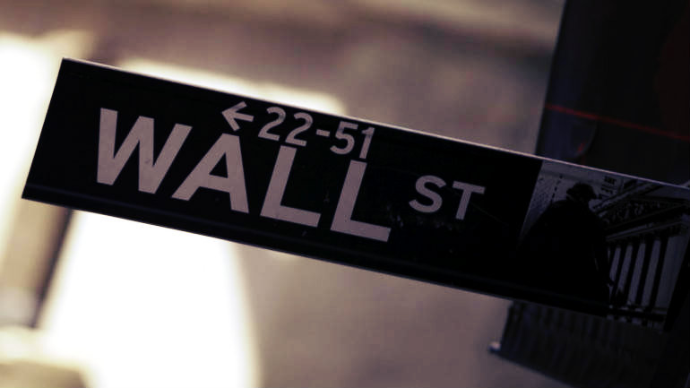 Wall Street Rises, Limps Across the Finish Line of a Turbulent Year