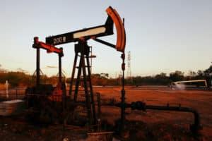 Oil Falls Below $62