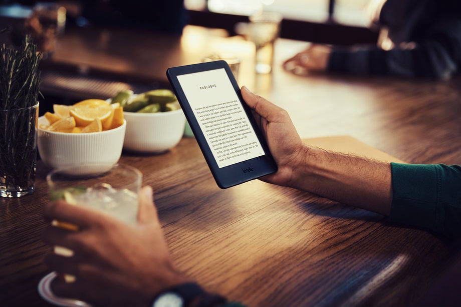A New Kindle with an Adjustable Front Light is Launched by Amazon