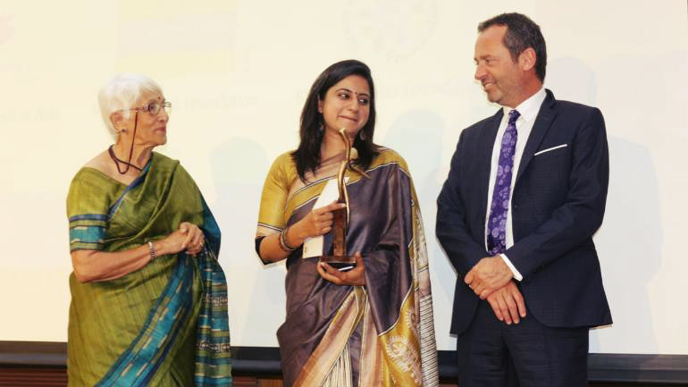 Delhi Teacher Set an Example and Wins Martha Farrell Award