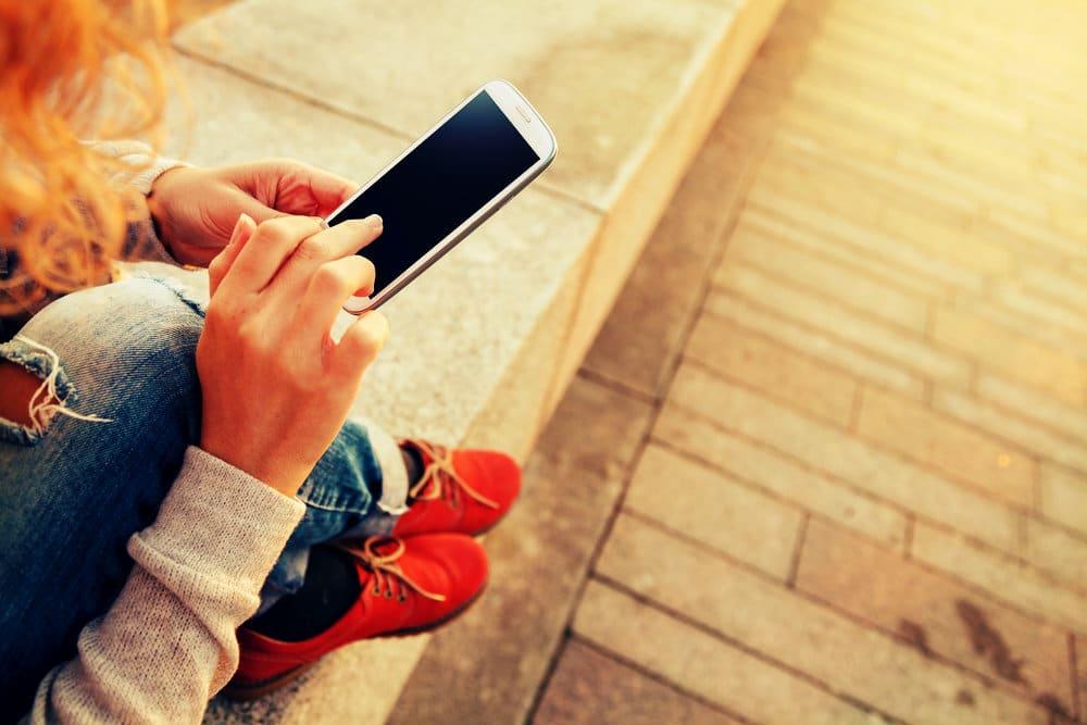 Mobile Phones Under 15000